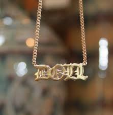 personalized name necklaces personalized 3d name necklace khloe kourtney be