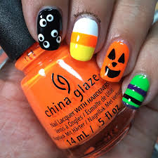 kelliegonzo guest post by nail polish pursuit halloween nail art
