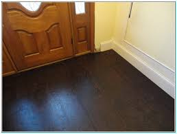 Kitchen Floors With Cherry Cabinets Cherry Kitchen Cabinets With Hardwood Floors Cherry Cabinet