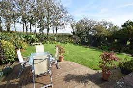 west walk bridport dorset dt6 3 bedroom bungalow for sale