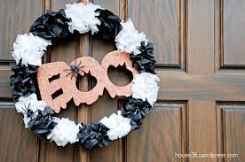 Easy Halloween Wreath by Diy Page 2