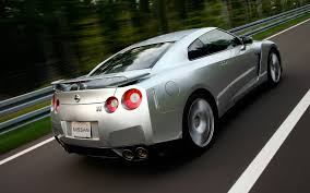 nissan gtr launch control constant refresh a look at the nissan gt r from 2009 to 2013