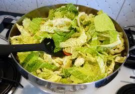 cuisiner le choux vert chou vert au paprika la recette facile par toqués 2 cuisine