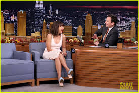 jimmy fallon rashida jones sing parodies of hit songs