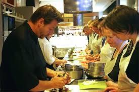 cours de cuisine lyon bocuse toqués des halles atelier de cuisine philippe lechat