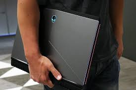 alienware black friday hands on with slickdeals alienware 15 r3 gaming laptop review