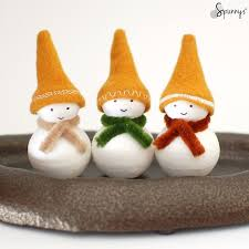 snowman ornaments to make these guys i used felt