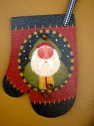 mitten ornament pattern embellished with tiny