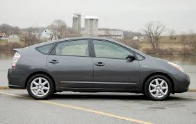 lexus ct200h vs prius can you tell on this picture if the rims are oem or fake priuschat