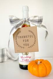 craftaholics anonymous thanksgiving hostess gift with free printable
