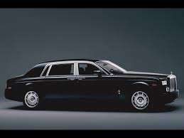 roll royce rent rolls royce phantom extended wheelbase outdoor beauty