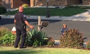 officer goes above and beyond to help 4 year old hunt for