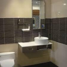 desain kamar mandi warna hitam putih gambar desain kamar hitam putih halloween f