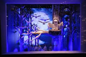Christmas Window Decorations Lord And Taylor by Nyc Holiday Windows Barneys Bergdorf Goodman Photos