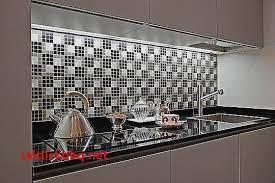 mosaique autocollante pour cuisine faience carrelage pour decoration cuisine moderne élégant mosaique