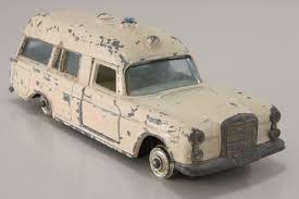 matchbox mercedes k 6 2 mercedes benz binz ambulance regular wheels