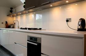 Cheap Kitchen Splashback Ideas Bold White Glass Splashback With Downlights To Show Off Its