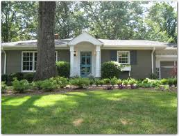 Cottage Curb Appeal - curb appeal ideas 5915