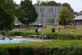 Freibad Bad Hersfeld Stellplätze Am Bad In Siegburg Parken Bleibt Für Badegäste Des
