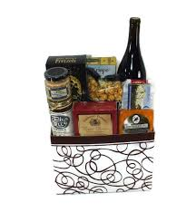wine and cheese basket bend wine cheese basket 1008 deschutes gift baskets