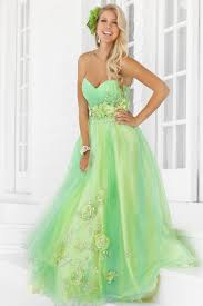 fashion trends beautiful light green prom dress with strapless