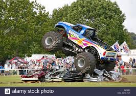 monster trucks bigfoot monster truck crushing cars bigfoot suv four by 4 4x4