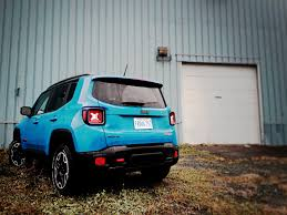 jeep trailhawk blue 2015 jeep renegade trailhawk review maybe not a great car