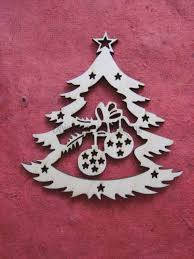 2 beautiful tree decorations with laser cut baubles