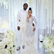 gucci mane needed a sword to cut his 75k wedding cake people com