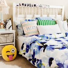 Teen Bedroom Decor by Teen Room Decor With Bluebellgray Fitfabfunmom
