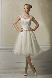simple knee length wedding dresses simple designed wedding dresses gowns by rosanovias canada