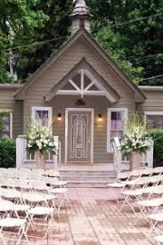 Wedding Venues In Memphis Graceland Chapel In The Woods Memphis Wedding Venue Mid South