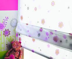 voilage chambre fille store en voilage à fleurs chambre d enfants photo de