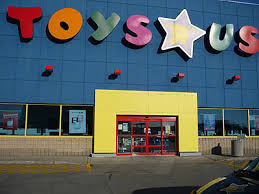 toys r us 200 in line at 8 pm on thanksgiving score free
