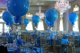 Balloons On Sticks Centerpiece by Bar Mitzvahs Balloon Artistry