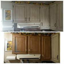 can mobile home kitchen cabinets be painted no more cheap mobile home cabinets i painted them using