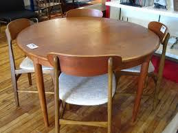 expanding circular dining table furniture expanding round table fresh dining room expandable round