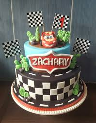 lightning mcqueen cakes 24 best lightning mcqueen cake images on lightning