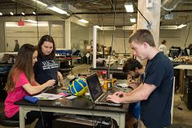 Oshman Engineering Design Kitchen Student Made Device Monitors Oxygen Level In Fetus
