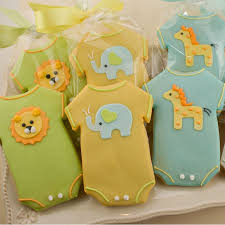 giraffe baby shower decorations elephant and giraffe baby shower decorations liviroom decors