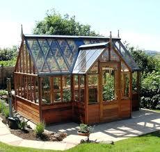 Backyard Greenhouse Ideas Best 25 Backyard Greenhouse Ideas On Pinterest Small Greenhouse