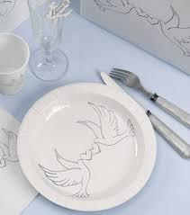assiette jetable mariage assiettes jetables mariage colombes vaisselle jetable pour table