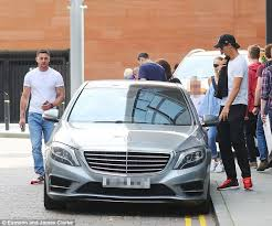 mercedes in manchester zlatan ibrahimovic uses louis gaal s mercedes as