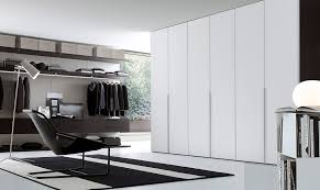 Contemporary Closet Doors For Bedrooms 12 Walk In Closet Inspirations To Give Your Bedroom A Trendy Makeover
