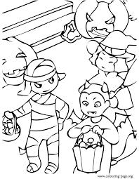 halloween kids wearing halloween costumes coloring