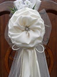 wedding bows 39 best pew bows images on church aisle decorations