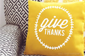 give thanks pillow tutorial thanksgiving decor company