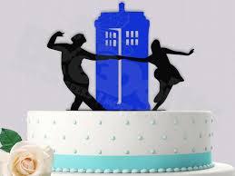 tardis cake topper dekor rock around the tardis cake topper 2434713 weddbook