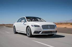 lincoln town car 2017 lincoln continental 2018 motor trend car of the year contender