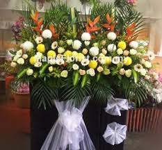 deliver flowers today 46 best condolences flowers images on